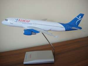 100 Aercap Airbus A320 200 plane Model wooden Stand