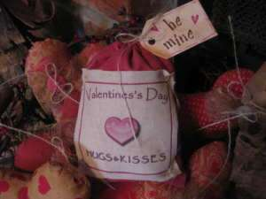 Primitive Bag of Hugs & Kisses Pink Vals Day Be Mine