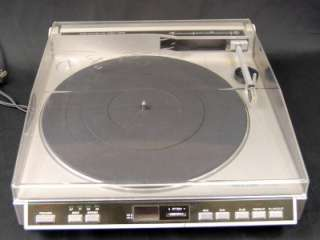 Realistic LAB 2100 Linear Tracking Automatic Turntable