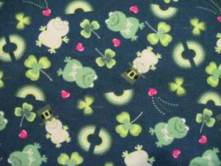 ST. PATRICKS DAY SHAMROCK Themed Scrub Top ~ Size S
