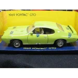 com Pontiac GTO 1969 Die cast Replica By Motor Max 2001 Toys & Games