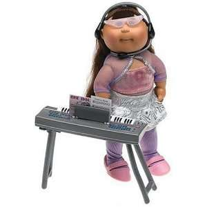 Pop Stars Collection   Hispanic Girl in Idol Silver Skirt Outfit Toys