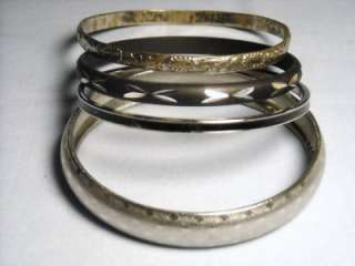 Beautiful Vintage Silver Tone Bangle Bracelets Jewelry Lot*