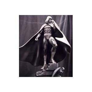 Moon Knight Statue (Metallic Gray Variant) by Bowen