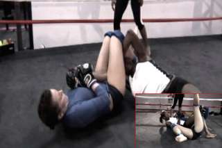 EXTREME FEMALE WRESTLING MMA UFC TAP OUT COMPILATION