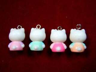 20 Hello Kitty Pendant / Charm (R) AHK0239 wholesale