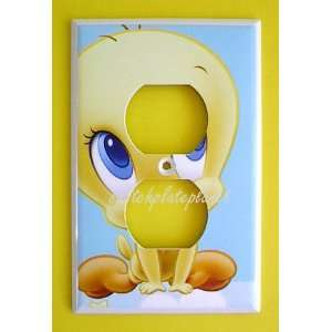 BABY Looney Tunes TWEETY BIRD OUTLET Switch Plate