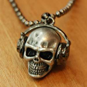 Mens cool unique headset skull fashion necklace pendant