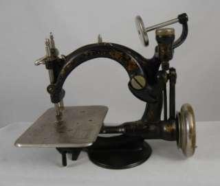 ANTIQUE VINTAGE WILLCOX & GIBBS SEWING MACHINE