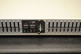 Peavey PV 215EQ Dual 15 Band Graphic Equalizer