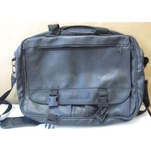 Laptop Suitcase Messenger Bag with Shoulder Strap   Black Leather