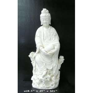 Fine White Porcelain Sitting Kwan Yin Statue Home & Kitchen