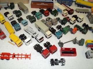 HUGE LOT! HO scale semi trucks, reefers, trucks, cars ectHerpa