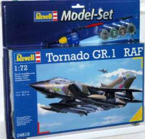 Revell Model Kit   RAF Tornado GR.1 War Plane 64619 NEW