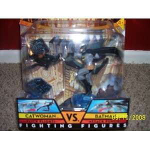 DC UNIVERSE CATWOMAN vs. BATMAN FIGHTING FIGURES: Toys
