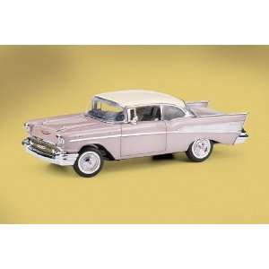 Franklin Mint 1/24 1957 Chevrolet Bel Air Fuelie Imperial Ivory