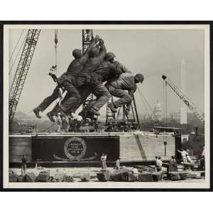 ,marines,American flag,Mount Suribachi,Iwo Jima,1954